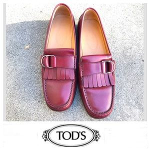 TOD'S Burgundy Classic Fringe Leather Loafers Sz 8